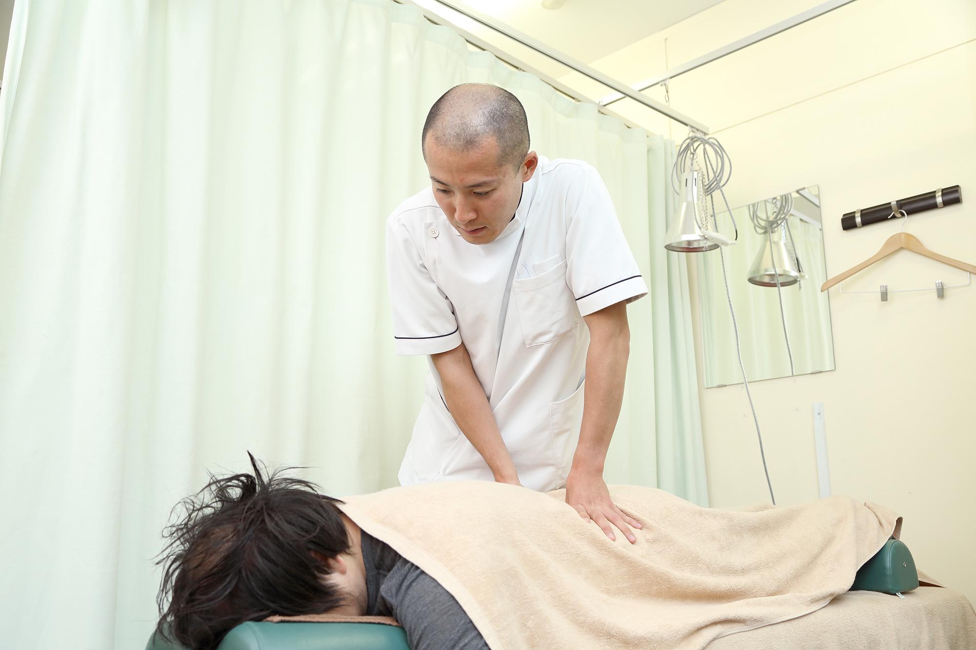 STEP4 症状に合わせて治療プランを決定し施術を開始します。